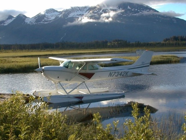 1977 Cessna 172XP Floatplane