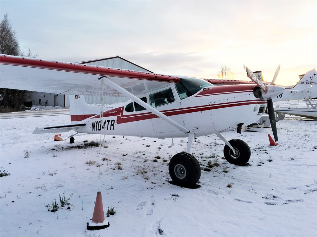 Beautiful 1977 Cessna A185F